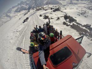 Эльбрус горы ратрак большая компания